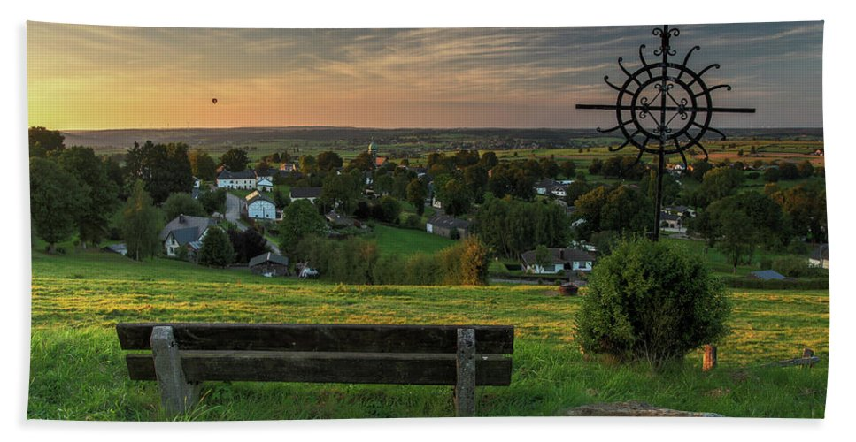 Hand Towel featuring the photograph Sunset On A Beautiful Place by Manuel Posch