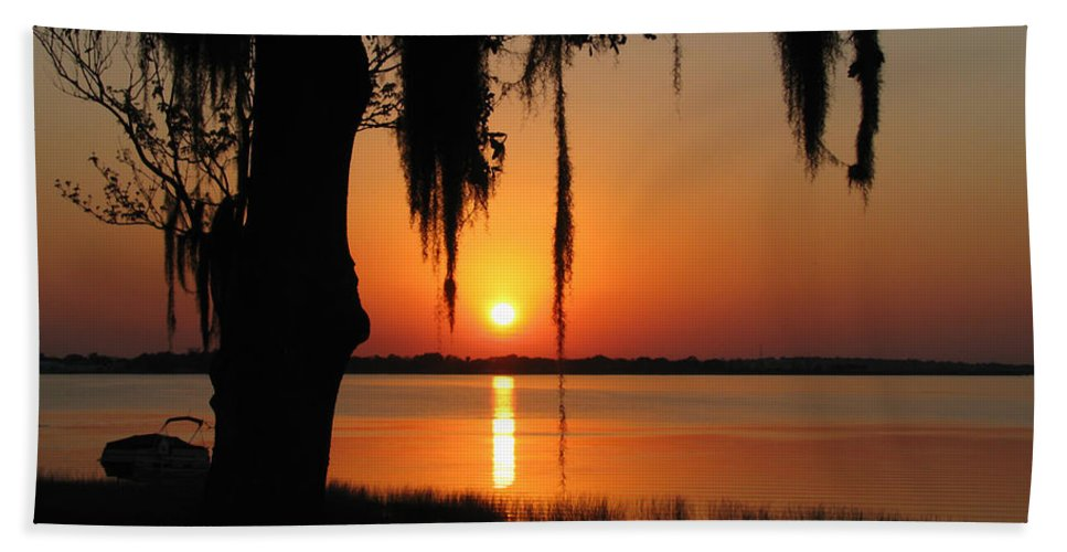 Nature Bath Sheet featuring the photograph Sunset On Lake Minneola by Peg Urban