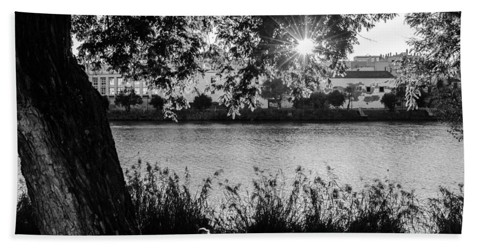 Seville Hand Towel featuring the photograph Sunset On The Guadalquivir 2 by Andrea Mazzocchetti