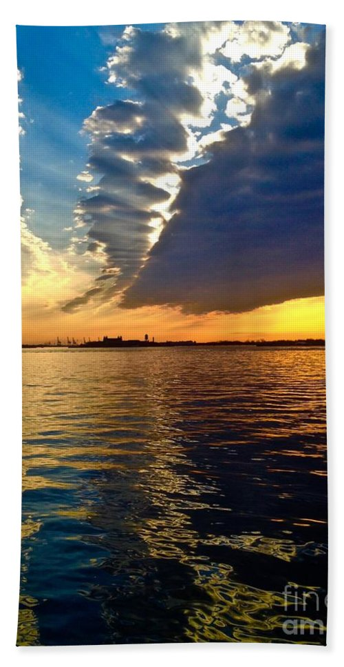 Sunset Hand Towel featuring the photograph Sunset On The Hudson 03 New York by Debra Banks