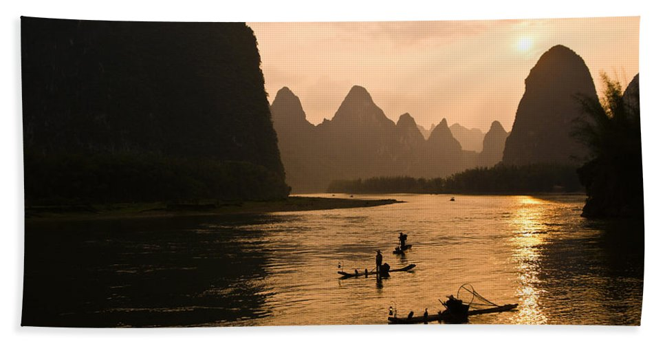 Asia Bath Towel featuring the photograph Sunset on the Li River by Michele Burgess