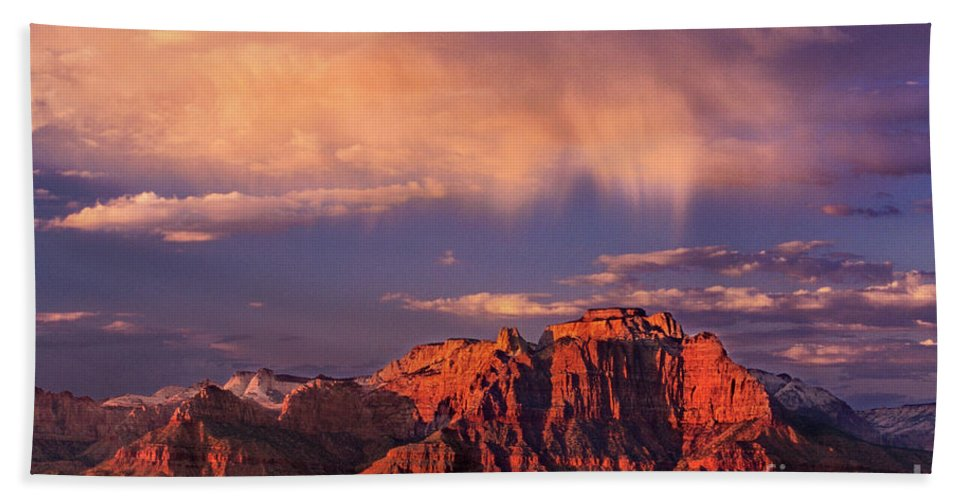 North America Hand Towel featuring the photograph Sunset On West Temple Zion National Park by Dave Welling
