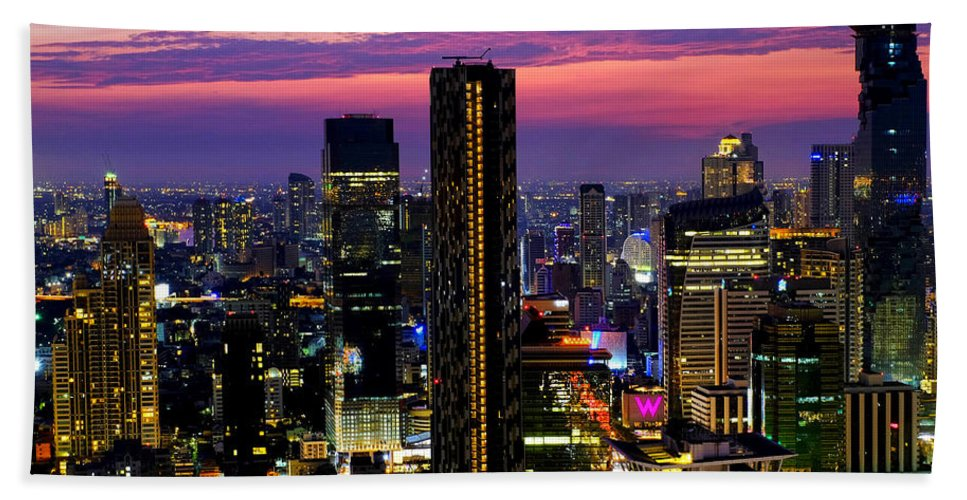 Sunset Hand Towel featuring the photograph Sunset Over Bangkok by Fabrizio Troiani