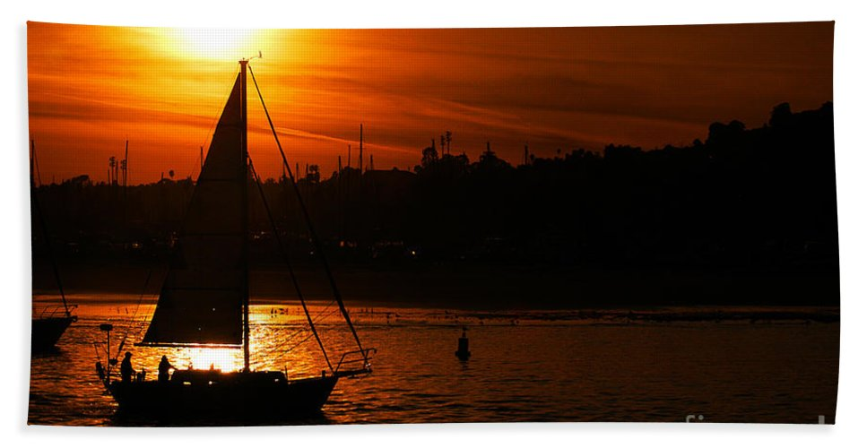 Clay Bath Towel featuring the photograph Sunset Sailing by Clayton Bruster