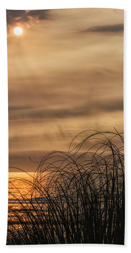 Sunset Hand Towel featuring the photograph Sunset Through The Seagrass by Lindley Johnson
