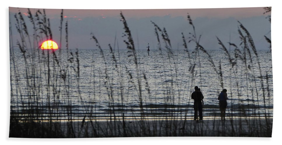 Sunset Bath Towel featuring the photograph Sunset Watching by David Lee Thompson