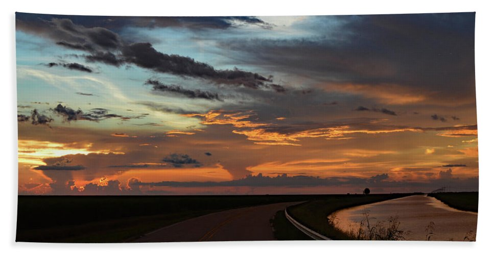 Delray Bath Sheet featuring the photograph Florida Sunset Winding Road by Ken Figurski
