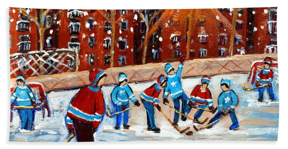 Kids Playing Hockey Bath Towel featuring the painting Sunsetting On My Street by Carole Spandau