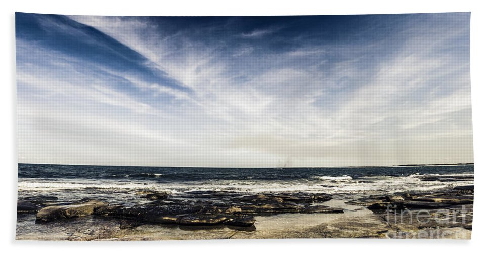 Landscape Hand Towel featuring the photograph Sunshine Coast Landscape by Jorgo Photography - Wall Art Gallery