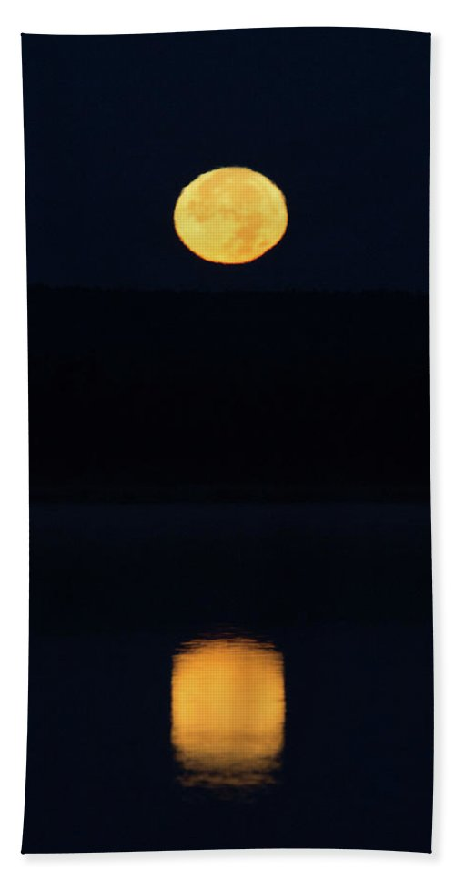 Landscape Hand Towel featuring the photograph Super Moon Reflections by David Lipsy