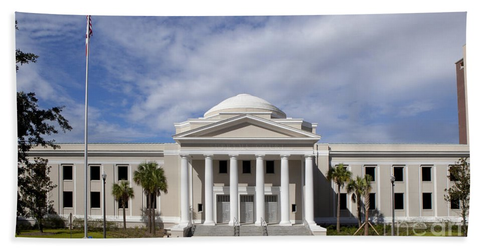 Supreme Court Bath Sheet featuring the photograph Supreme Courthouse In Tallahassee Florida by Anthony Totah