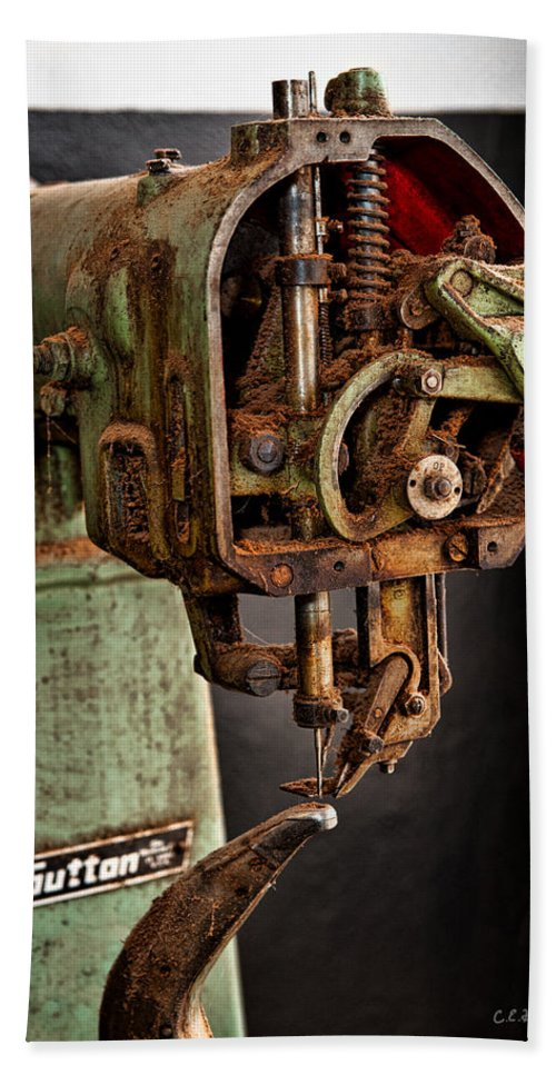 Mechanical Hand Towel featuring the photograph Suttan Sewing Machine by Christopher Holmes