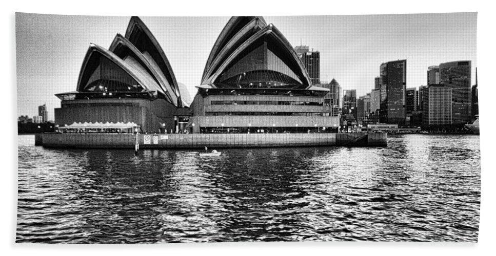 Sydney Opera House Bath Sheet featuring the photograph Sydney Opera House-black And White by Douglas Barnard