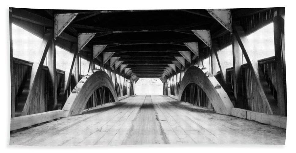 Bridge Bath Sheet featuring the photograph Taftsville Covered Bridge by Greg Fortier