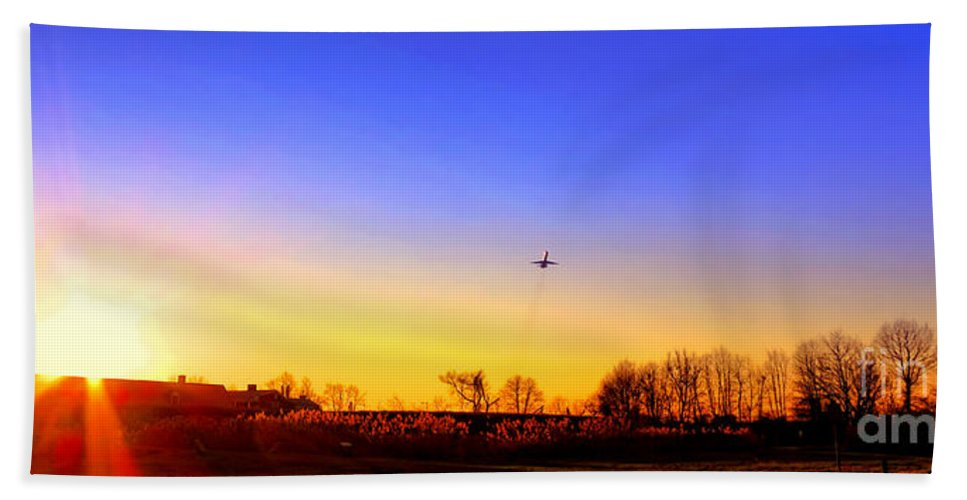 Jet Bath Towel featuring the photograph Taking Off by Olivier Le Queinec