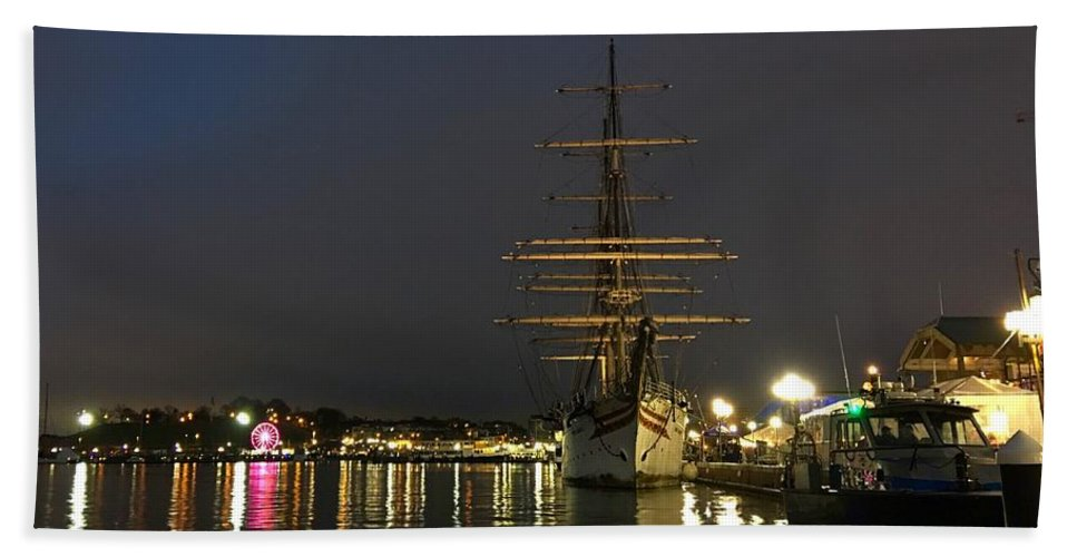 Baltimore Hand Towel featuring the photograph Tall Ship Docked At The Baltimore Inner Harbor by Doug Swanson