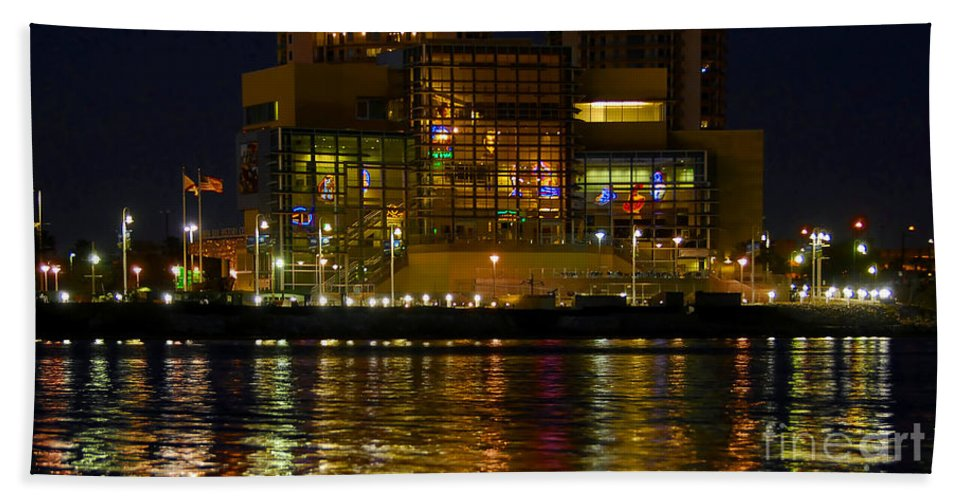 Tampa Bay History Center Hand Towel featuring the photograph Tampa Bay History Center by David Lee Thompson