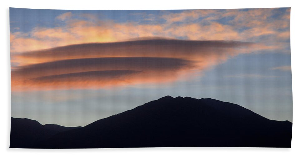 Taos Hand Towel featuring the photograph Taos Sunset by Jerry McElroy