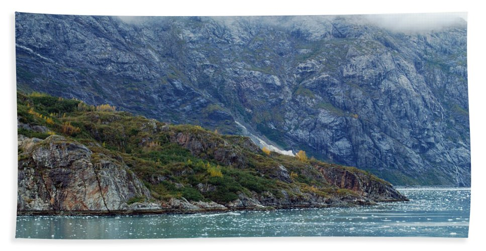 Glacier Hand Towel featuring the photograph Tarr Inlet by Michael Peychich