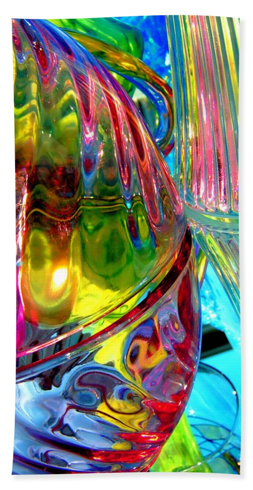 Glass Bath Sheet featuring the photograph Tea For Two by Donna Blackhall