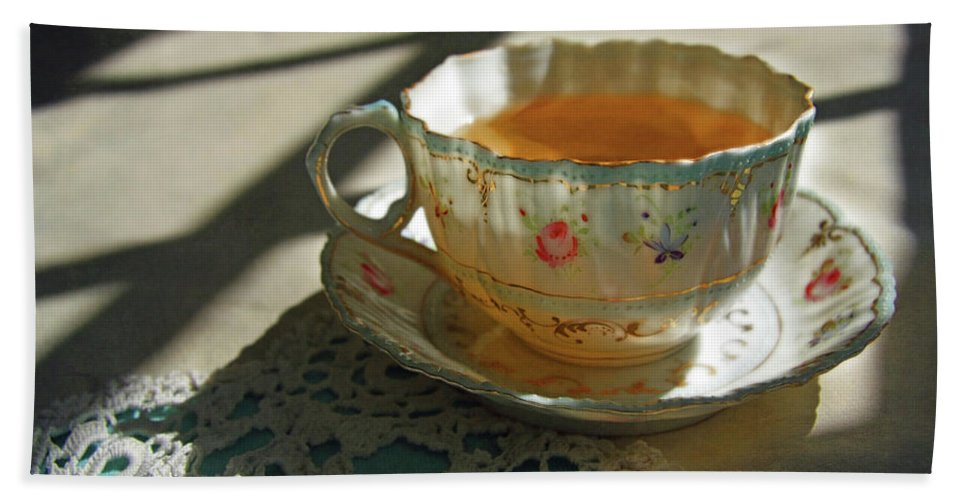 Tea Hand Towel featuring the photograph Teacup On Lace by Brooke T Ryan
