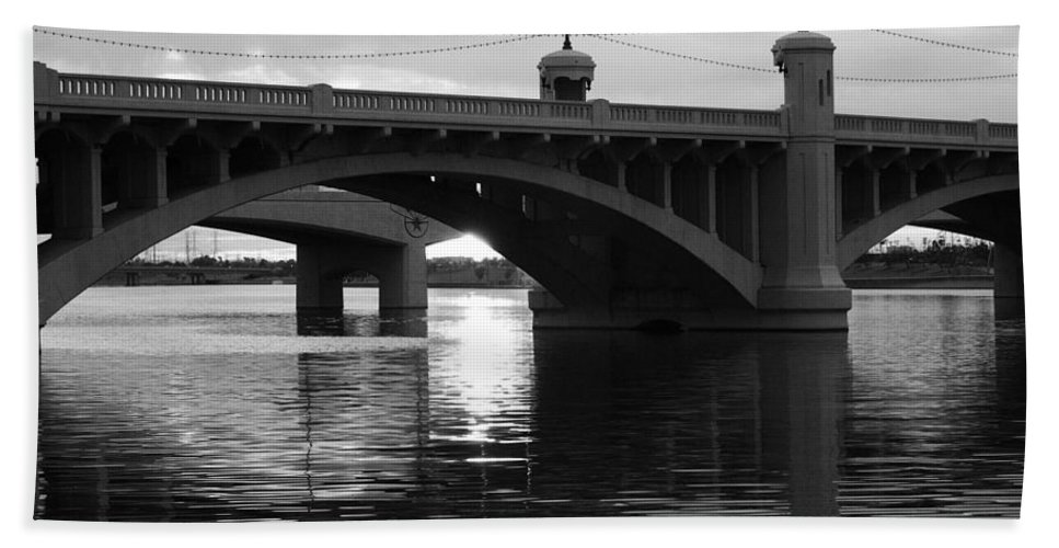 Black And White Hand Towel featuring the photograph Tempe Town Lake Bridge Black And White by Jill Reger