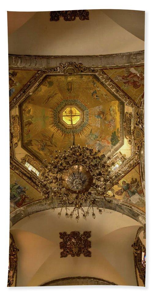 Basilica De Guadalupe Bath Sheet featuring the photograph Templo Expiatorio A Cristo Rey - Mexico City II by Totto Ponce