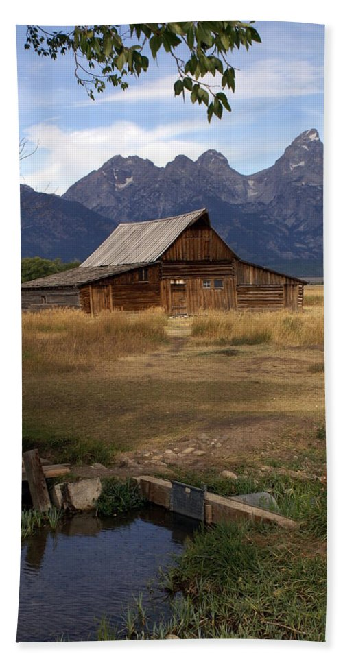 Grand Teton National Park Bath Towel featuring the photograph Teton Barn 2 by Marty Koch
