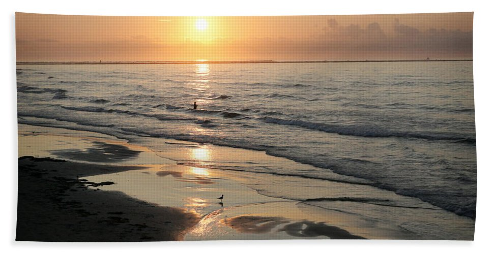 Water Hand Towel featuring the photograph Texas Gulf Coast At Sunrise by Marilyn Hunt