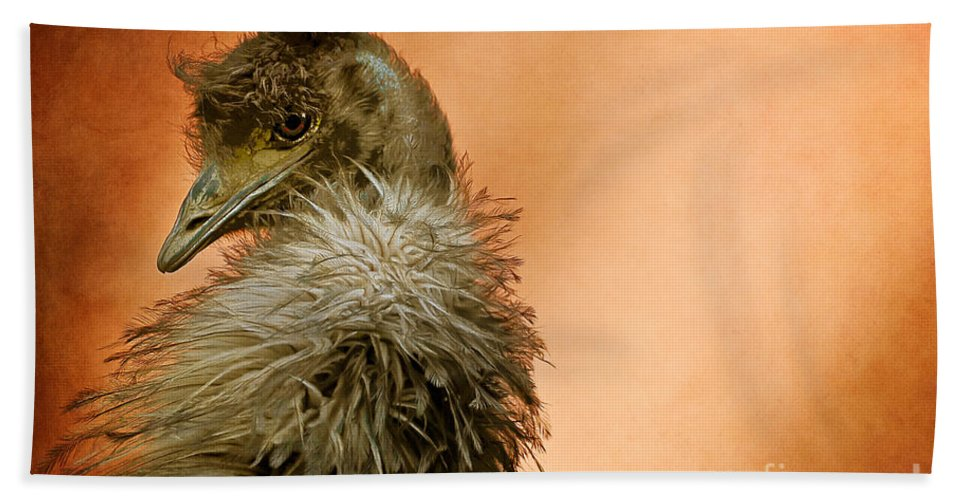 Emu Hand Towel featuring the photograph That Shy Come-hither Stare by Lois Bryan