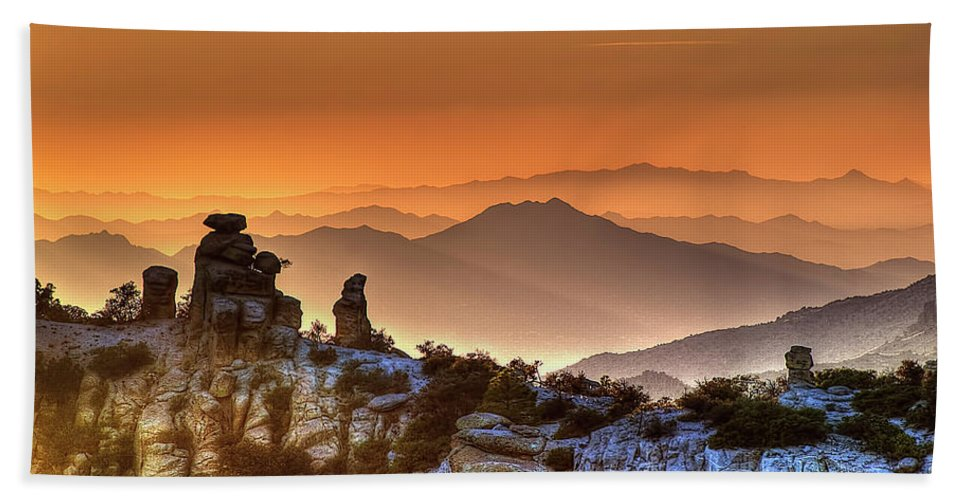 Arizona Hand Towel featuring the photograph The Ahh Moment by Lynn Geoffroy