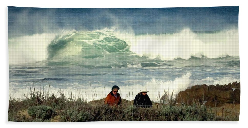 Pacific Hand Towel featuring the photograph The Awesome Pacific In All Her Glory by Joyce Dickens