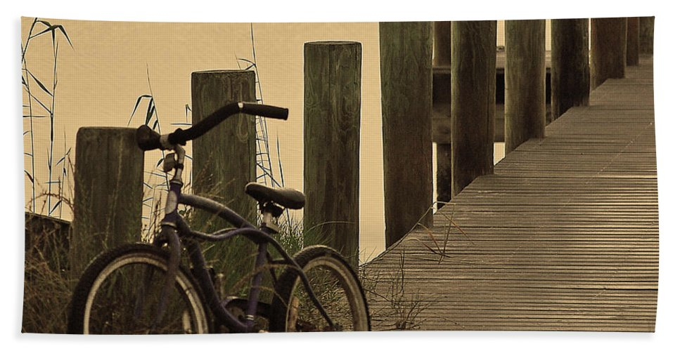 Bike Bath Sheet featuring the photograph The Beach Comber by Robert Meanor