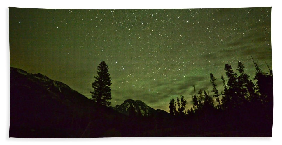 Mount Moran Hand Towel featuring the photograph The Big Dipper Over Mount Moran by Don Mercer