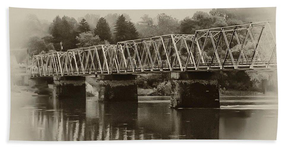The Bridge At Washingtons Crossing Bath Towel featuring the photograph The Bridge At Washingtons Crossing by Bill Cannon