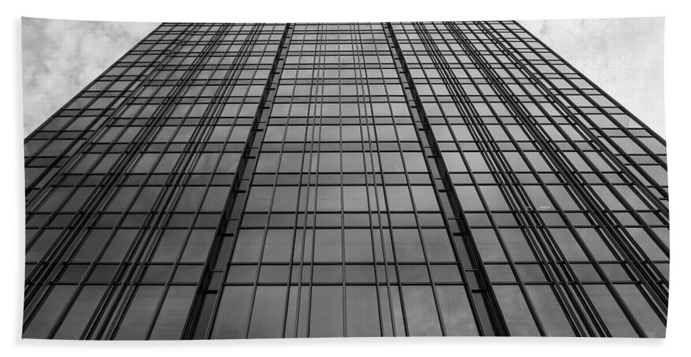 Black And White Bath Sheet featuring the photograph The Building by Jason Wade