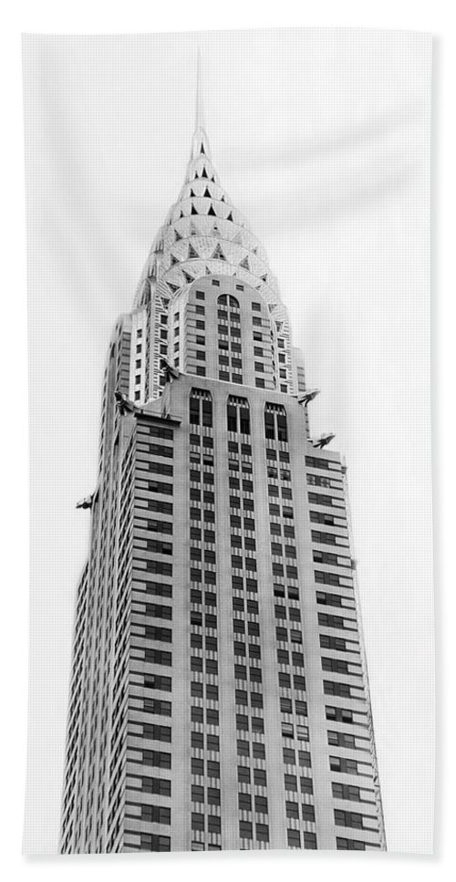 1920s Hand Towel featuring the photograph The Chrysler Building by Underwood Archives