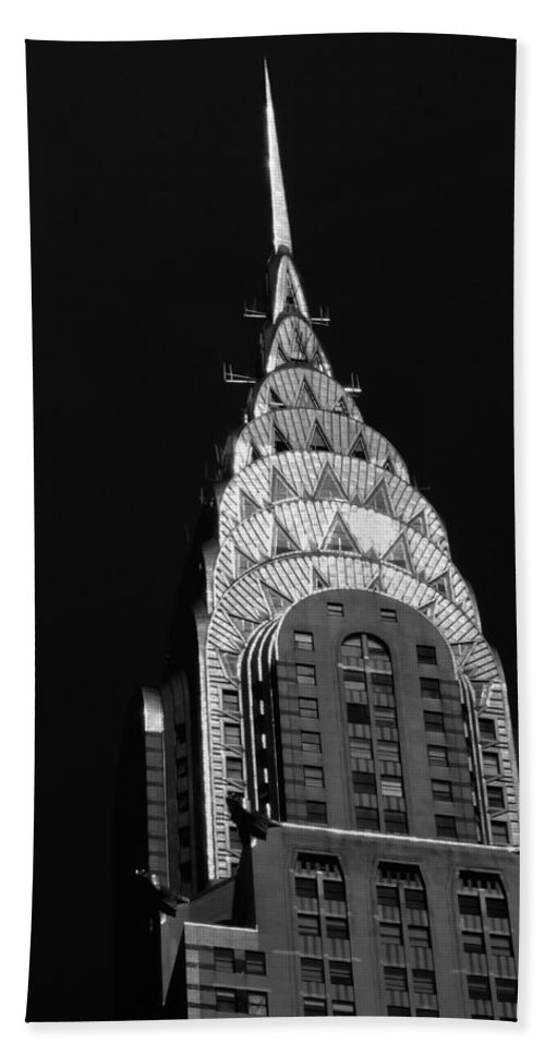 Chrysler Building Bath Towel featuring the photograph The Chrysler Building by Vivienne Gucwa