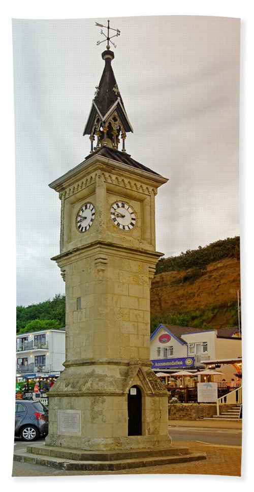 Shanklin Hand Towel featuring the photograph The Clock Tower At Shanklin by Rod Johnson