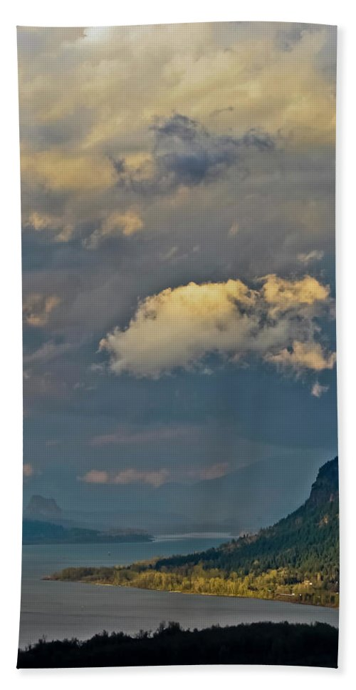 Oregon Bath Sheet featuring the photograph The Columbia Gorge by Albert Seger
