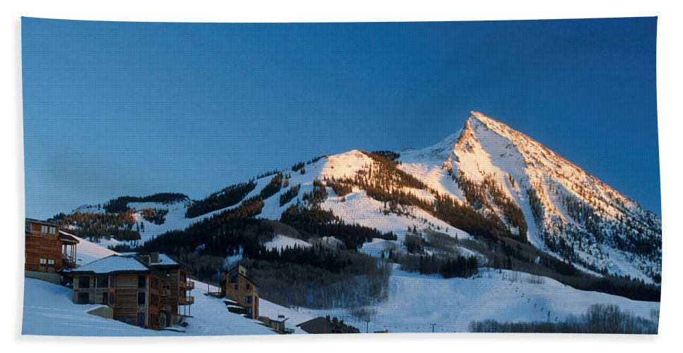 Crested Butte Hand Towel featuring the photograph The Crested Butte by Jerry McElroy