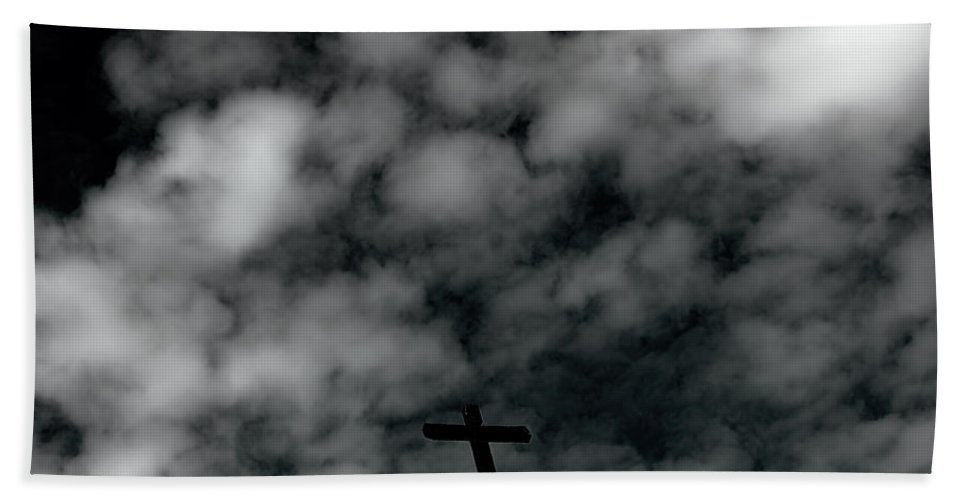 Bath Sheet featuring the photograph The Cross 1 by Cathy Anderson