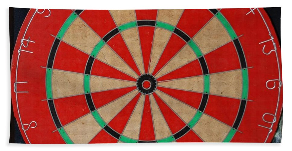 Macro Bath Sheet featuring the photograph The Dart Board by Rob Hans