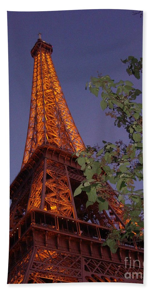Tower Bath Sheet featuring the photograph The Eiffel Tower Aglow by Nadine Rippelmeyer