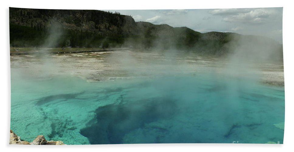 Park Hand Towel featuring the photograph The Emerald Pool Colors by Christiane Schulze Art And Photography