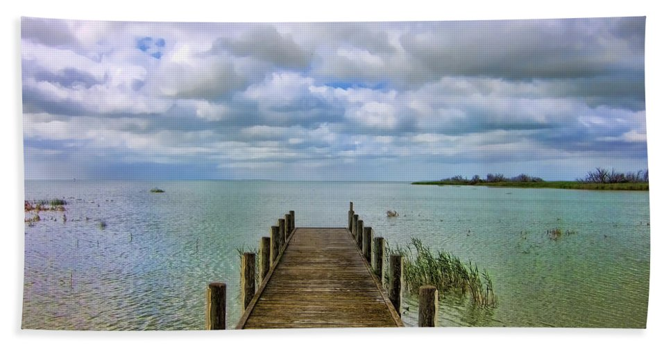 Jetty Bath Sheet featuring the photograph The End by Douglas Barnard
