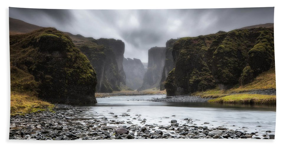 Iceland Hand Towel featuring the photograph The Entrance by Jorge Maia