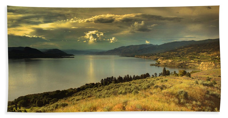 Lake Hand Towel featuring the photograph The Evening Calm by Tara Turner