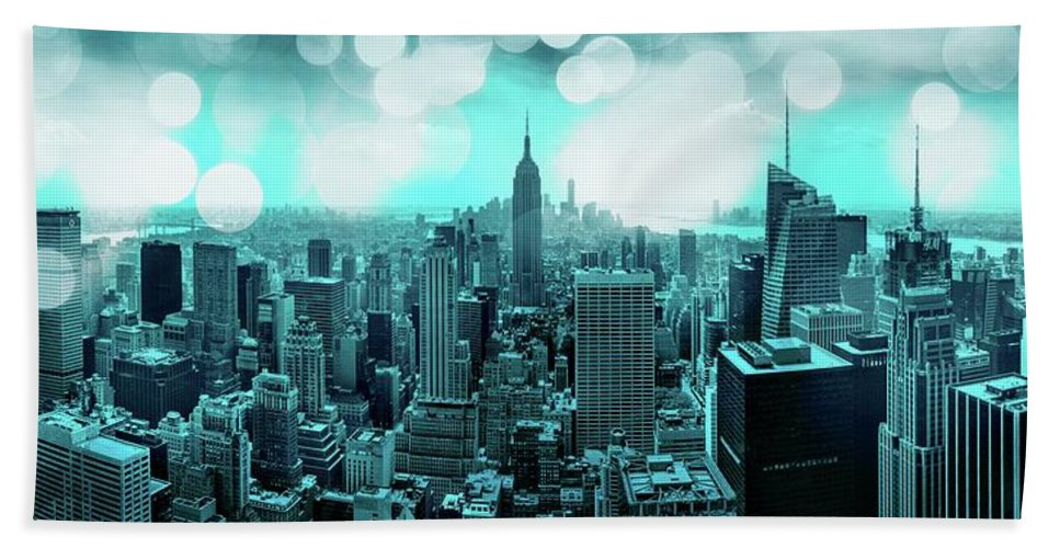 Empire State Building Bath Towel featuring the photograph The Fairytale Begins by Az Jackson