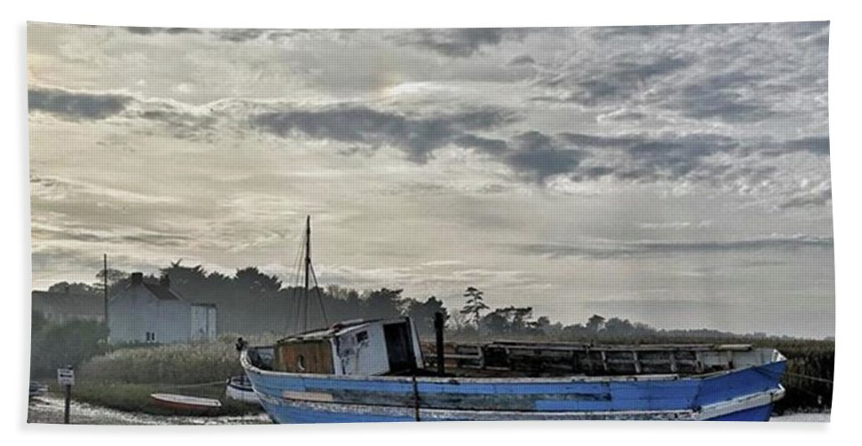 Beautiful Bath Towel featuring the photograph The Fixer-upper, Brancaster Staithe by John Edwards